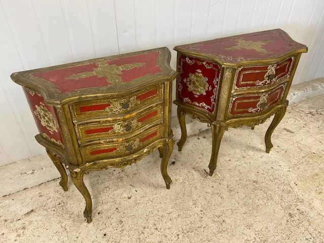 SOLD - Impressive Italian Bedsides Tables - Lamp Tables - g127/128